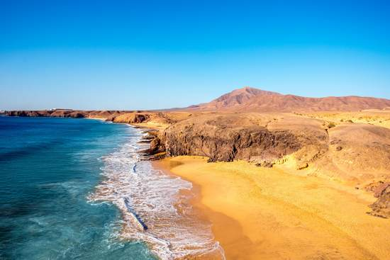 lanzarote vulcanic island best beaches